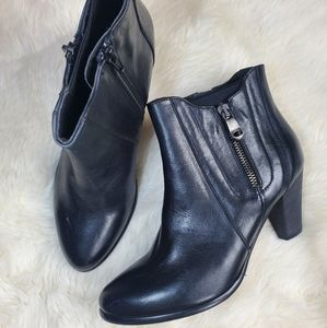 Davos gomma black leather ankle boots size 37